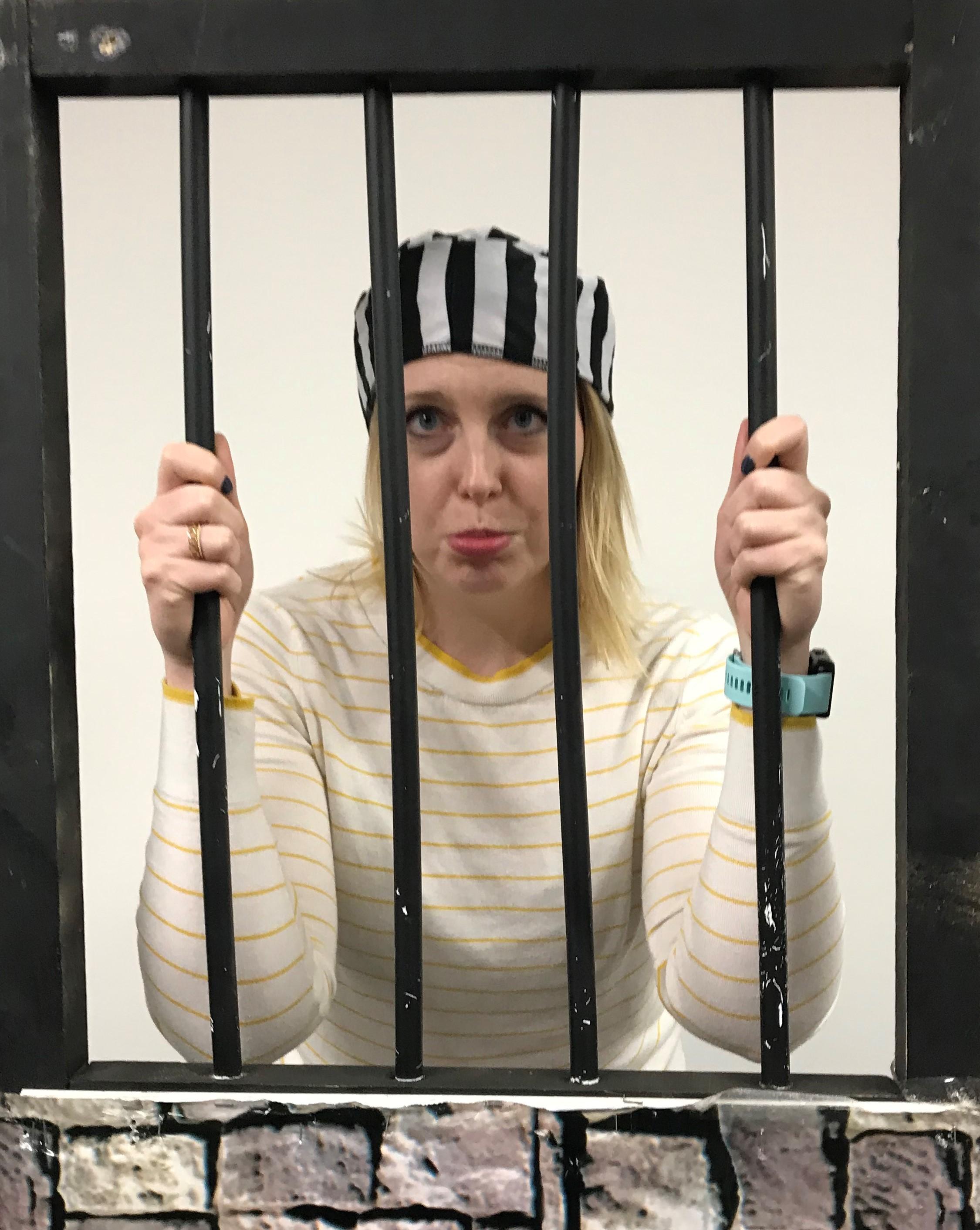 20190914 Shannon James prisonniere